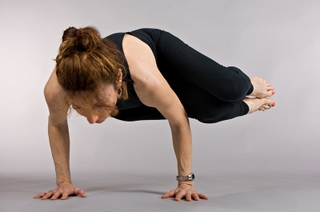 Parsva Bakasana - Side Crow